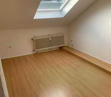Dachgeschoss-Wohnung