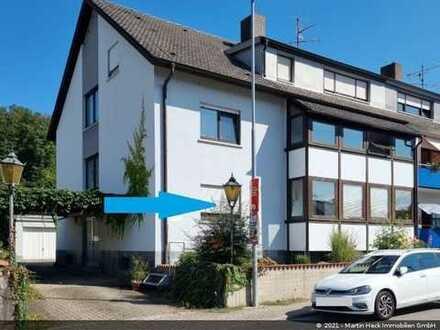 *Bieterverfahren* 3 Zimmer-Erdgeschosswohnung mit Loggia und 2 Garagen in Pfinztal zu verkaufen!