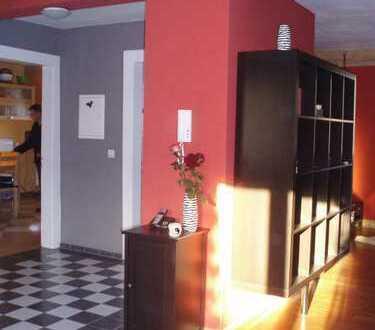 Exclusive 4-Zimmer-Maisonette-Wohnung in DU-Meiderich