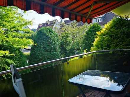 Möbiliertes 24qm großes Zimmer mit Balkon in einer schönen 2er-WG