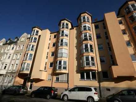 Ideal geschnittene 2-Raum-Wohnung mit Erker in Bernsdorf!