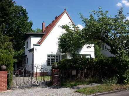 Landhaus im Grünen, ideal für eine gartenfreundliche Familie