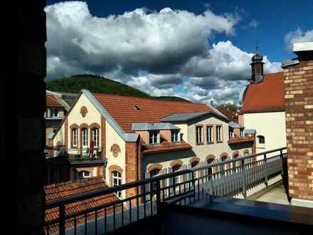 Exklusive, geräumige und neuwertige 4-Zimmer-Maisonette-Wohnung mit Terrassen und EBK in Heidelberg