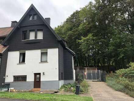 Schöne Doppelhaushälfte in Heinitz