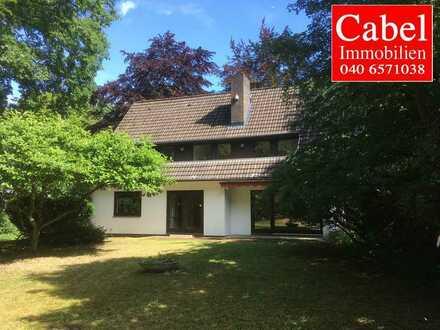 Volksdorf - nahe Naturschutzgebiet : 6-Zimmer-Einfamilienhaus auf großem Grundstück