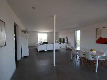 3,5-Zimmer-Wohnung mit Balkon und Einbauküche in Rheinhausen