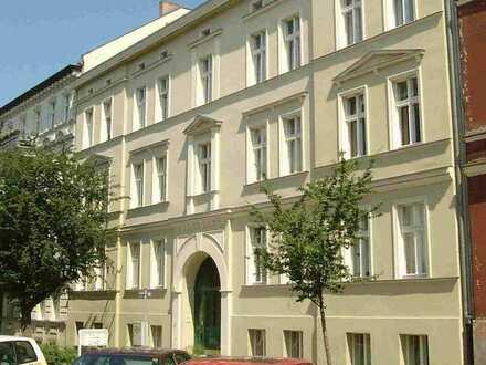 Großzügige Dreiraum-Dachgeschosswohnung in zentraler Stadtlage!