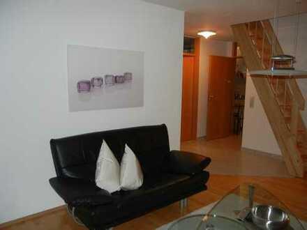Stilvolle, gepflegte 2,5-Zimmer-DG-Wohnung mit EBK in Holzgerlingen