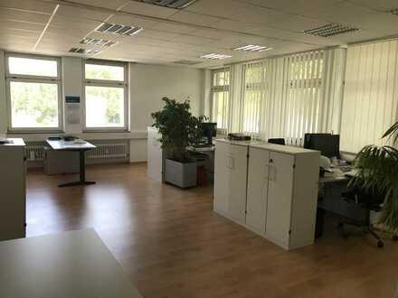 Untertürkheim: 1 Büro-Etage – 330 m2 – innerhalb 4 Wochen kurzfristig freiwerdend.