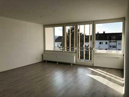 Schöne, sonnige 3 Zimmer Wohnung in Böblingen