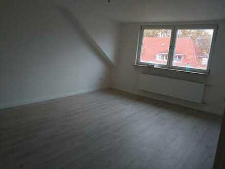 Schöne, geräumige ein Zimmer Wohnung in Gelsenkirchen, Buer