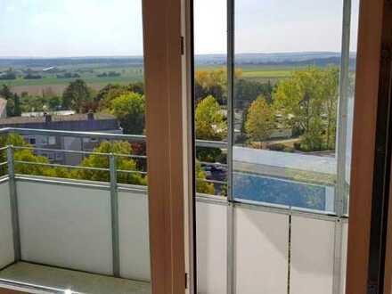 Modernisierte 3-Zimmer-Wohnung mit 2 Balkons und EBK in Schweinfurt