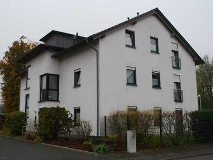 Altengerechte schöne helle 2,5-Zimmer-Wohnung mit Balkon in Menden-Platte Heide (Sauerland)