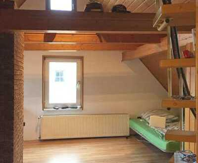 Großes Maisonette-Zimmer in schönem WG Haus in Söflingen