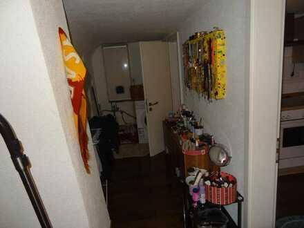 2er WG Zimmer komplett eingerichtet a 275€