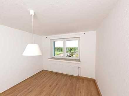 Fertig zum Einzug - top sanierte 3-Zimmer-Wohnung + Balkon - Turmhäuser Grevenbroich