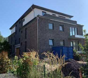 NEUBAU Penthouse-Wohnung mit Terrasse und TG-Stellplatz
