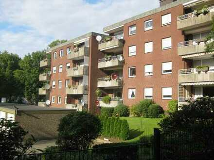 Großzügige 3 Zimmer Wohnung mit Balkon und Garage