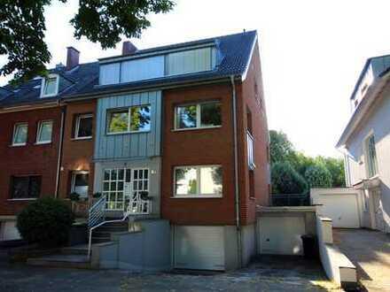 Bestlage in Junkersdorf, 3-Zimmer Wohnung mit Garten in Köln, Junkersdorf