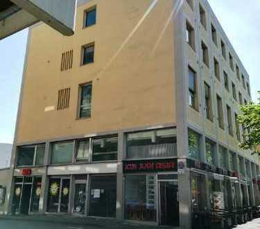 Helle und vielseitig nutzbare Büroflächen direkt am Königsplatz