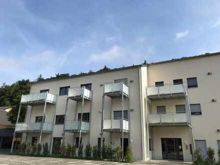 2,5-Zimmer ETW im 2. OG mit Balkon und Stellplatz in herrlicher Lage **provisionsfrei!**
