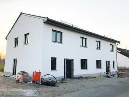 Traumhafte Doppelhaushälfte in Volkmannsdorferau sucht Familie
