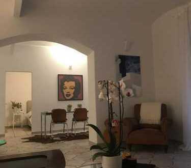Gepflegte 3-Zimmer-EG-Wohnung mit Terrasse und Einbauküche in Garmisch-Partenkirchen