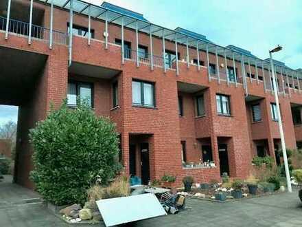 5-Zimmerwohnung mit 2 Balkonen und großer Terrasse!