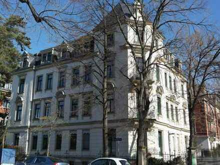 UNI-Klinik Nähe - helle 2-Zimmer-Wohnung mit Terrasse und Garten in Striesen