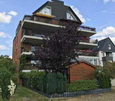 PROVISIONSFREI! Wintergarten-EG-Wohnung, saniert, EBK, Diele, Bad+Gäste WC neu, Einzelgarage, Garten