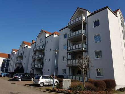 Singlewohnung mit Einbauküche und Balkon und Blick ins Grüne
