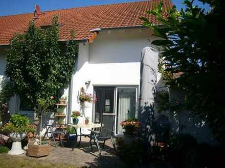Doppelhaushälfte in ruhiger Lage von Altdorf