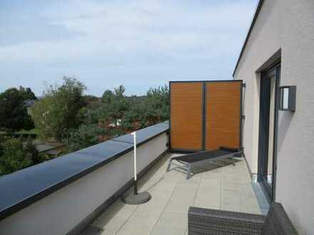 Neuwertige 2-Zimmer-Dachgeschosswohnung mit Balkon in Emmendingen