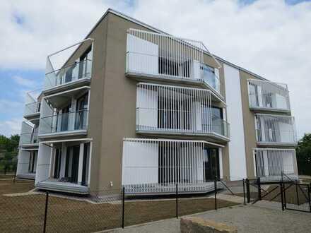 Exklusive, helle 3-Zimmer-Wohnung mit EBK und 2 Balkone in Langenau