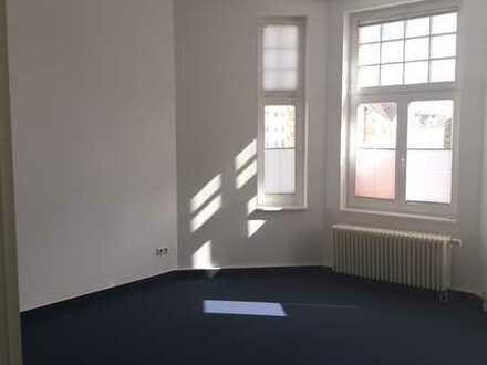 Moderne und helle Büro-/Praxisfläche im Zentrum von Friedland