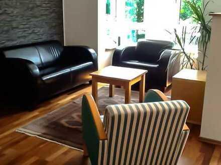 Einziehen und wohlfühlen! - Schöne möblierte und modernisierte Studio-Wohnung