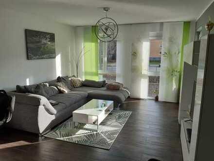 Neuwerige 3-Zimmer-Wohnung mit Balkon, Einbauküche und Fußbodenheizung (KFW70)