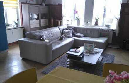 Wohnen in einer gepflegten Villa in zentraler Lage