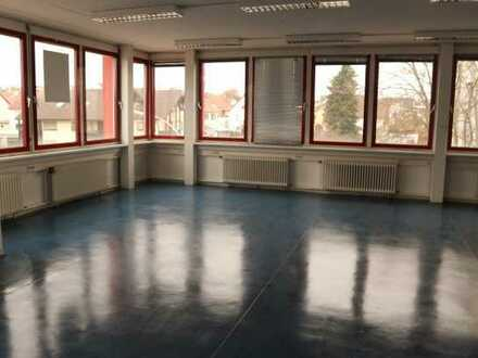 Schönes Büro im 1.Obergeschoss oder 2.Obergeschoss in 71116 Gärtringen