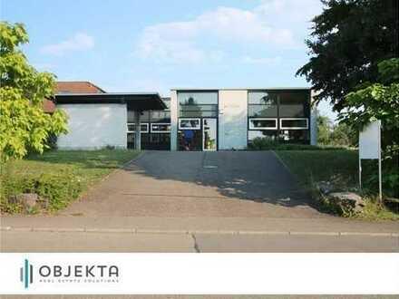 Markantes freistehendes Bürogebäude optimal für Eigennutzer - nur Kauf + PV-Anlage