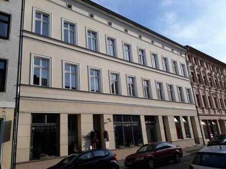 Schöne 3,5-Zimmer-Altbauwohnung zur Miete in Brandenburg an der Havel /Neustadt