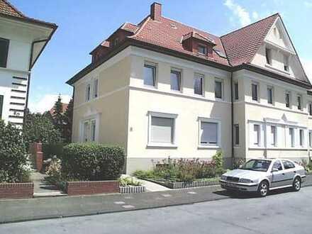 Charmante Altbau-Wohnung in zentraler Lage