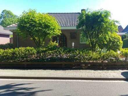 Altersgerechter Bungalow 120m² mit Garage; Garten und Terrasse