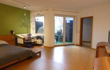 Bezugsfreie 2 Zi.-Wohnung mit TG-Stellplatz in Teningen