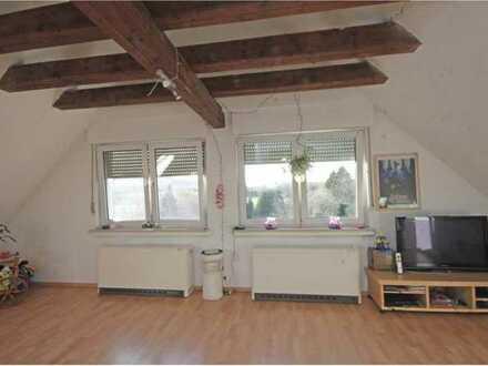 Gepflegte DG-Wohnung mit zwei Zimmern in Dortmund