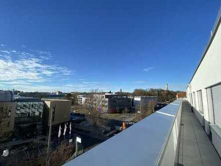 Erstbezug mit EBK und Balkon: zwei exklusive, möblierte 1 ZKB App. in Augsburg, zentrale Lage