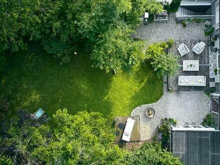 Familienparadies - Doppelhaushälfte auf Traumgrundstück in München-Aubing