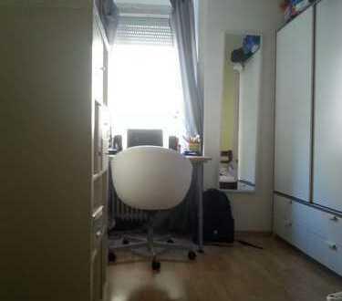helles möbliertes Zimmer in 3er WG, 13 qm, Innenstadt-West