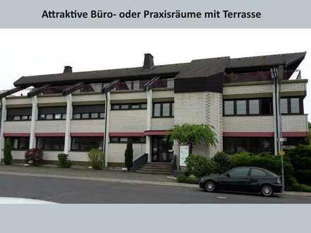 Attraktive Büroräume mit Terrasse in einem architektonisch reizvollen Gebäude