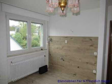 **SINGLENEST IN TOP-LAGE! Kleines 1-Zimmer-Apartment in Hagen-Emst mit Stellplatz!**
